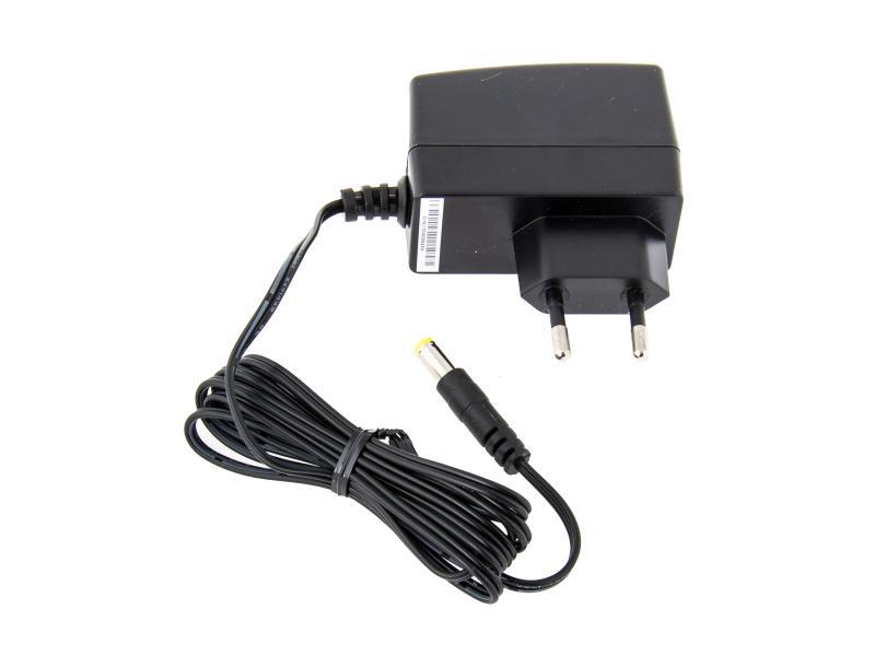 Napájecí adaptér univerzální 7,5V 1A 8W konektor 5,5mm x 2,1mm